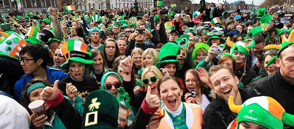 Paddy's Day Crowd