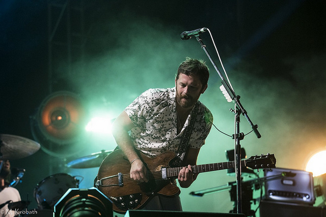 Image of Kings of Leon playing a concert